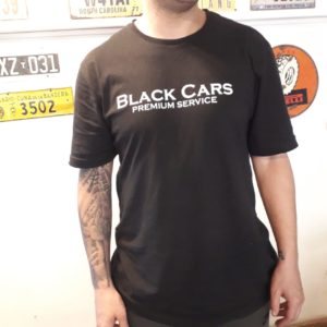 Remera Black Cars
